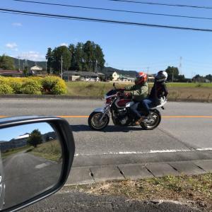 今日は日光へ行くバイクが多いです!