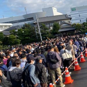 【競馬】[画像] 浦和競馬場の大混乱ぶりを実況中継するスレ