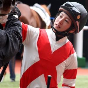 【競馬】兵庫特別を9馬身差圧勝したロールオブサンダーが放牧先で右前脚に屈腱炎を発症
