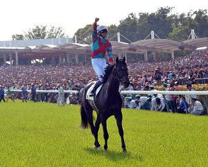 【競馬】誰も言わないけど、コントレイルは武豊乗ってた方がドラマはあったよね。