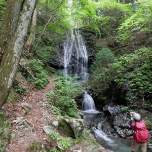初夏だけど、雪山で有名な『高見山』と『三峰山』に登る【日本三百名山】