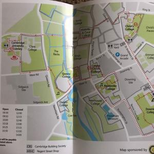 ケンブリッジ大学の中をお散歩