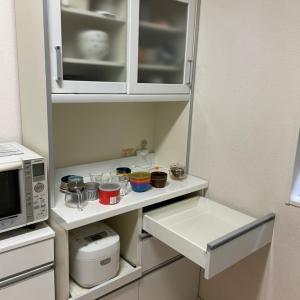 腰を痛めてしまった…けど、食器棚の整理