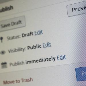 【WordPress】更新日を変更せずに記事を修正できるプラグイン『WP Last Modified Info』