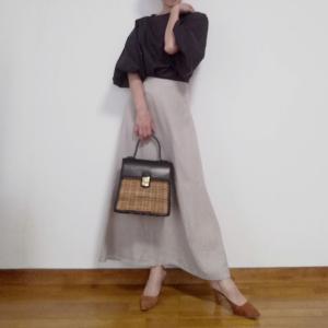 ponette の定番、セミフレアースカート