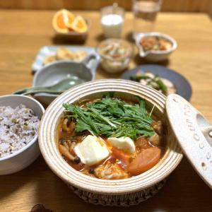 【鶏肉とモッツアレラのトマトすき焼き】#子供大絶賛#ひとり鍋#簡単#〆は雑炊 …成功らしい。