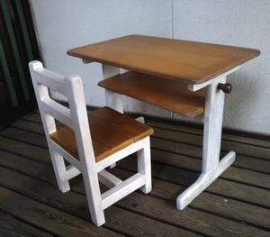 か~わいい 机と椅子