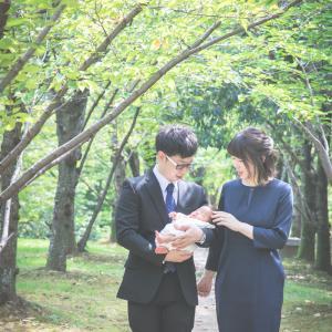今日の写真「木立の中で、お宮参り写真」-出張撮影