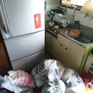 寝屋川市での遺品整理 孤独死された方のお部屋のクリーニング