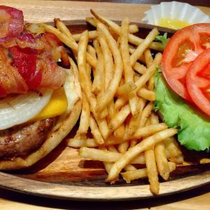 これぞ #ハンバーガー  アメリカンいやハワイアンな満腹感 KUA' AINA