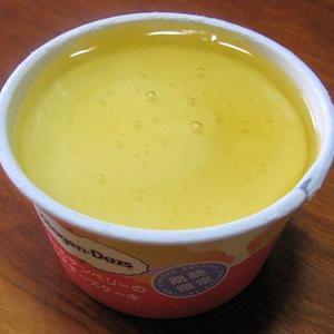 Häagen-Dazs の「ゴールデンベリーのレアチーズケーキ」、溶けちゃった
