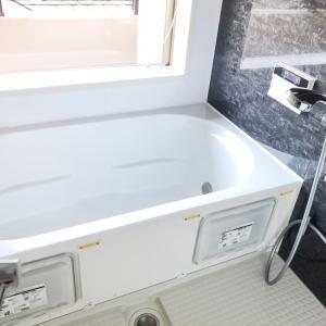 お風呂のカビ対策は洗剤より乾燥