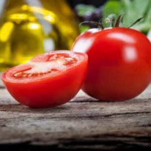 トマトのリコピンの吸収率が、生トマトの約4倍になる美味しい調理法が分かったそうです