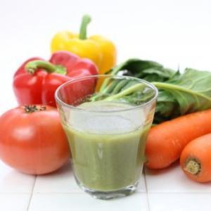 野菜は「ジュースで飲む」「そのまま食べる」どちらが良いと思いますか?