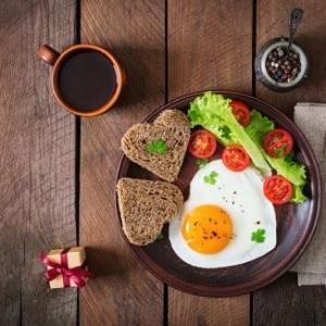 朝ごはんを食べた方が痩せやすくなるそうです