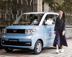 宏光ミニEV。中国の電気自動車がテスラを抜いたの件。