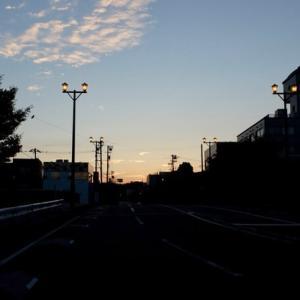 夜明け前。午前5時。この時間、風が心地よい。
