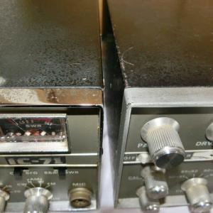 IC-71 2台の違い