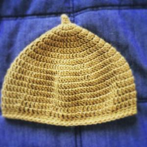 ベビー用どんぐり帽子を編みました