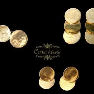 コイン型真鍮のピアスたち