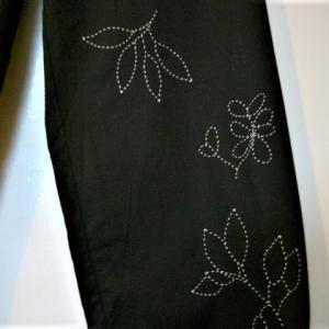 もう一枝欲しい 小枝の刺繍