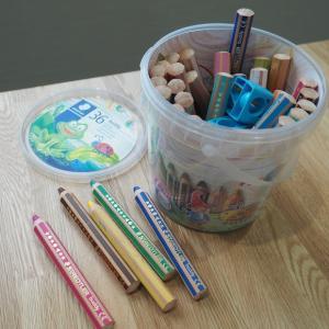 2歳児からの色鉛筆 ステッドラーのバディ