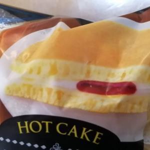 ヤマザキ ホットケーキ 4種のベリー&ホイップ