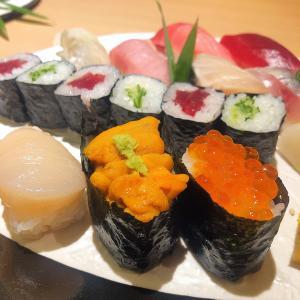 ◆すし尽誠@上野◆カジュアル寿司ランチ♪ 全体的に清潔感があり、カウンター以外に個室の設えもある、飲食店ビル内の寿司屋さんです。