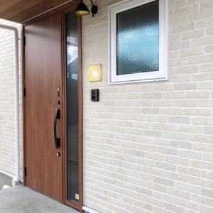 ◆FPの家 メイプルナチュラルの家 玄関の照明がかわいすぎ~
