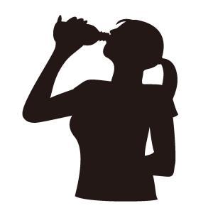 食事前に水を飲むとダイエットできる