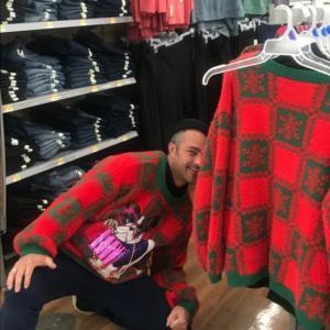 テイラー・キニーのクリスマスクソダサセーターが本当にクソダサすぎた件