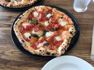 美味しいピザ食べました