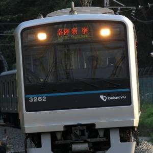 3262F 各停新宿行き