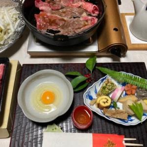 1月2日の夕食は、、、おせちとすき焼きです!!