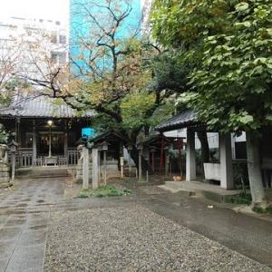 雨の御園神社