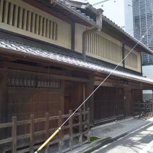 まち歩き下1221 京の通り 御幸町通 NO42 昔ながらの家屋
