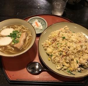 鶴小 壺川店・・・
