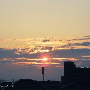 朝・夕の空には...