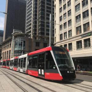 シドニー中心部の路面電車が開通しました!