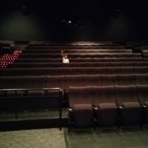 金沢の映画館って貸し切りみたいだね
