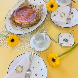 ジノリとチーズケーキ  〜WEEKEND のティータイム〜