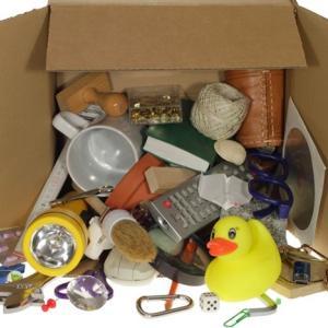 使わない物はどんどん捨てる。そのほうが生活の質があがるから。