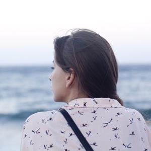 幸せな脳:苦しむほうに向かう脳の傾向を克服する方法(TED)