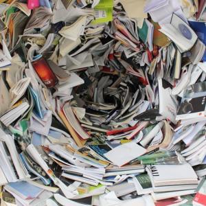 たくさんある仕事の書類をどうしても捨てられなくて困っています←質問の回答。