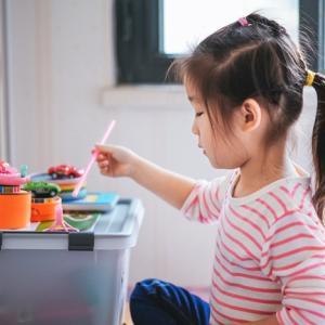子供部屋をきれいに保つ現実的な方法。