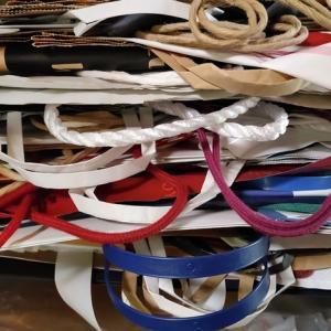 紙袋を全部捨てたら、毎日とっても楽しい。