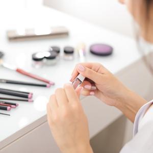 なぜ化粧品を捨てることができないのか?:今年中にやってしまいたい片付けプロジェクト(その7)