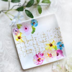 【体験レッスン】真っ白なお皿を自分好みに…かわいいプレート