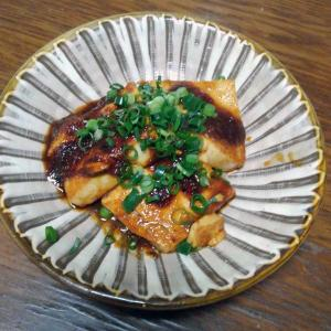 豆腐ステーキ、味つけはスタミナ源の焼肉のたれです