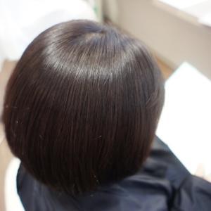 「髪のボリューム抑えず艶髪にする方法は…!」リーヌ(≧▽≦)